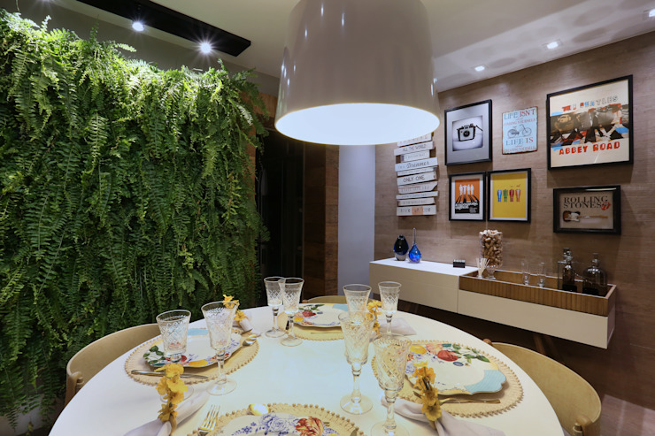 Modern Dining Room by MORSCH WILKINSON arquitetura Modern Wood Wood effect