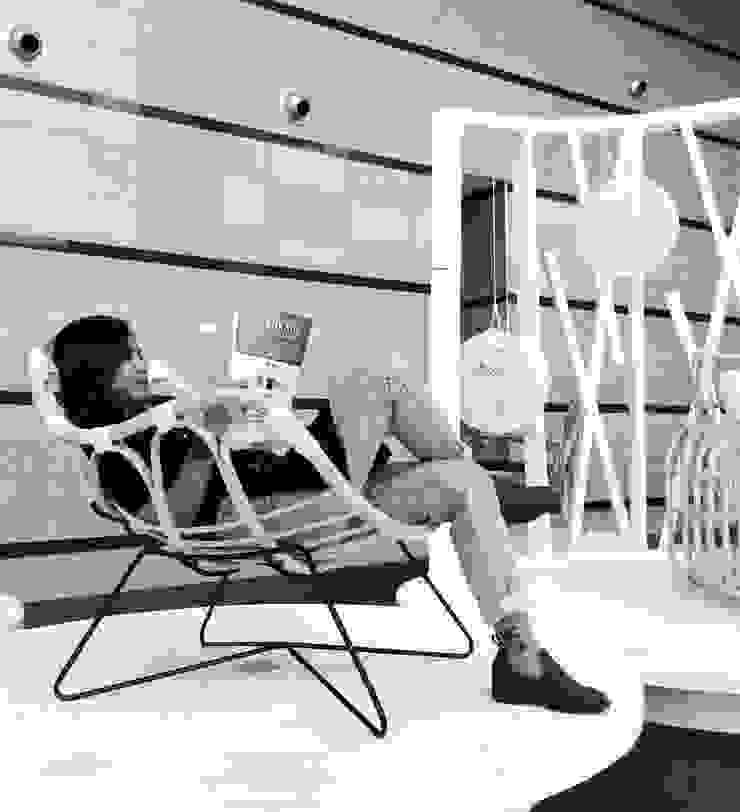 Karapan Rattan Chair:modern  oleh Kesan Mendalam Design Studio, Modern