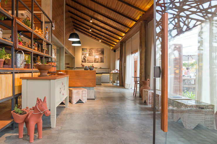 Duo Arquitetura Restaurantes Madera maciza Acabado en madera