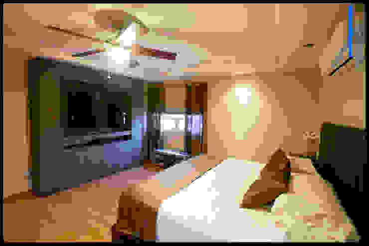 RECAMARA PRINCIPAL Dormitorios de estilo minimalista de homify Minimalista