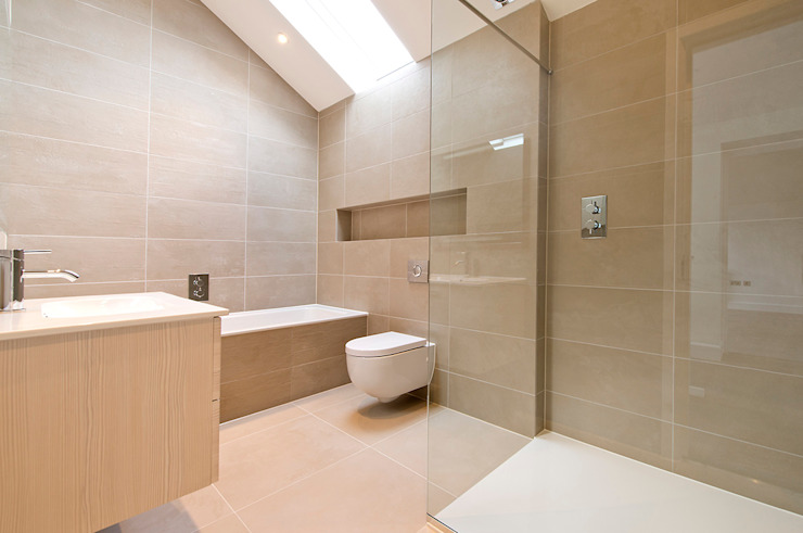 East Sheen:  Bathroom by Corebuild Ltd,