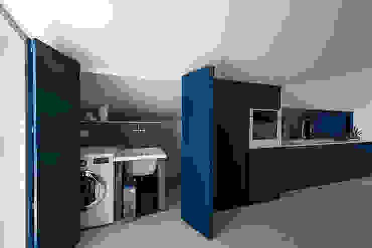 Mansarda OC2 Laboratorio di Progettazione Claudio Criscione Design CucinaContenitori & Dispense