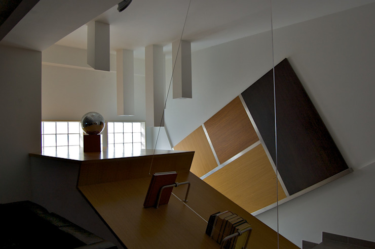 Casa SCR Laboratorio di Progettazione Claudio Criscione Design Soggiorno moderno