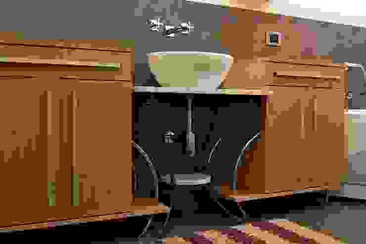 Casa SCR Laboratorio di Progettazione Claudio Criscione Design Bagno moderno