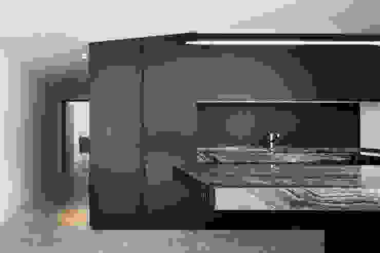 Rumah kayu by MIDE architetti