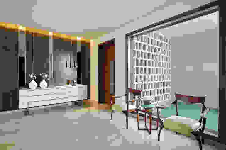 kabir bungalow Modern balcony, veranda & terrace by USINE STUDIO Modern