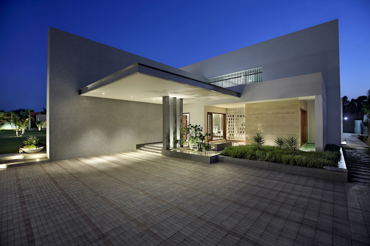 kabir bungalow Modern houses by USINE STUDIO Modern