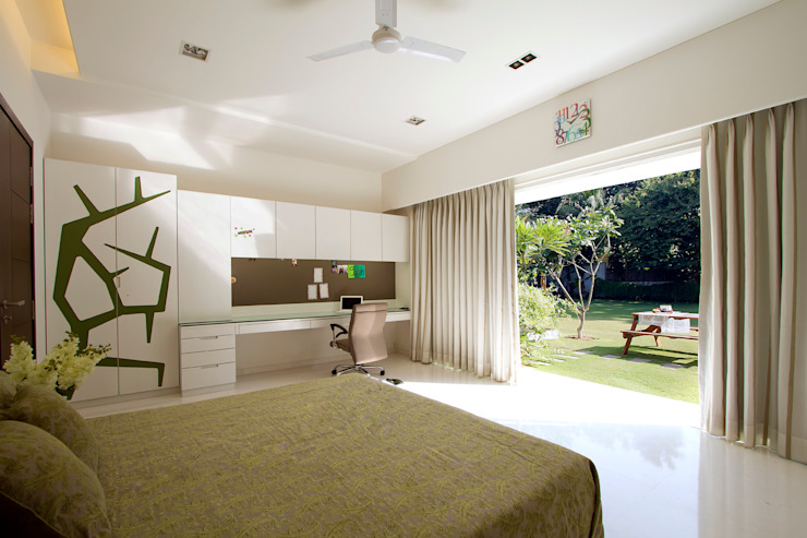 patel house (outhouse) Modern style bedroom by USINE STUDIO Modern