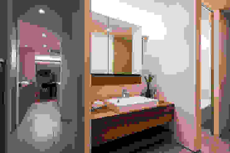 FANFARE CO., LTD Eclectic style bathroom