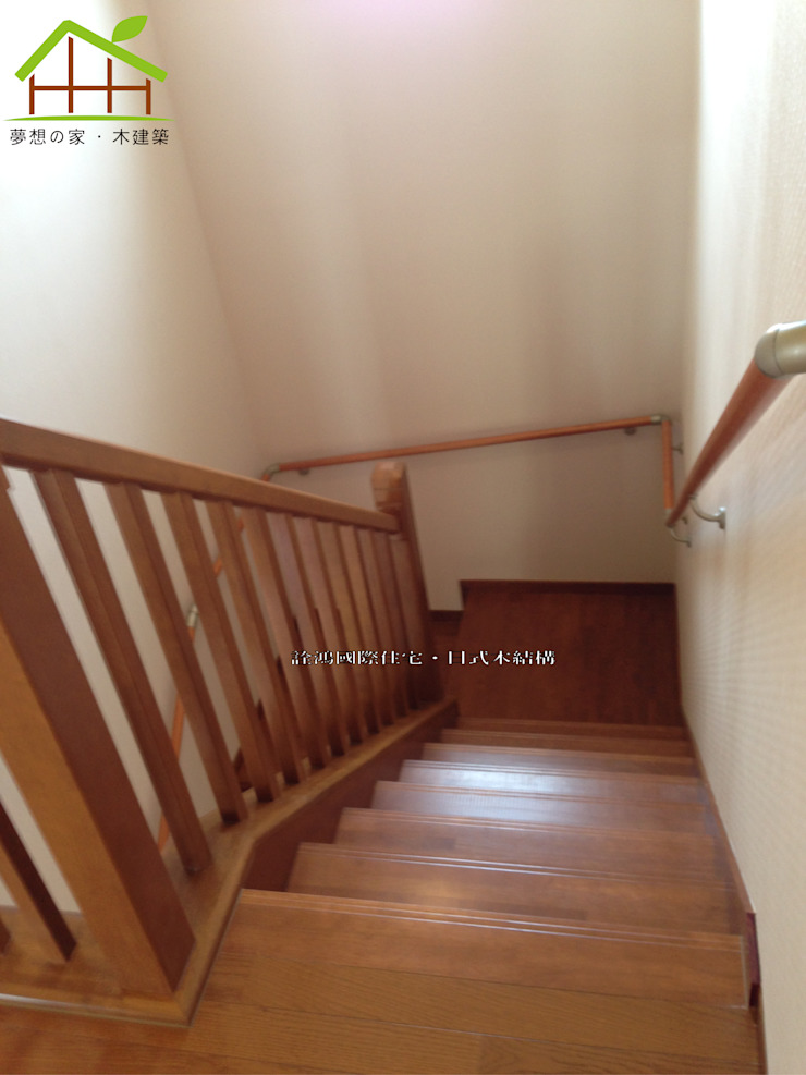 客製化設計-和風農舍-日式綠建築 鄉村風格的走廊,走廊和樓梯 根據 詮鴻國際住宅股份有限公司 田園風