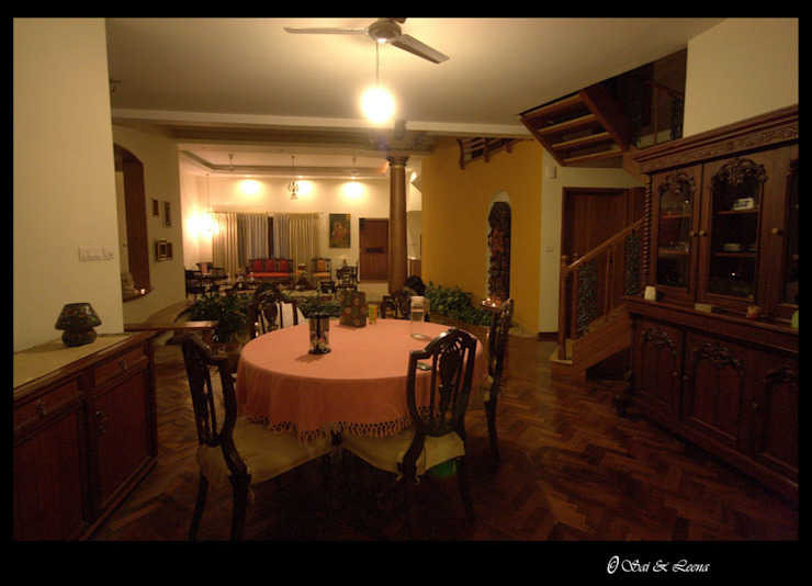 Captain Vijendra - Renovation Eclectic style dining room by Sandarbh Design Studio Eclectic