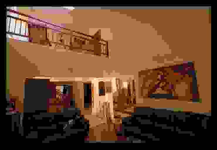 Captain Vijendra - Renovation Eclectic style living room by Sandarbh Design Studio Eclectic