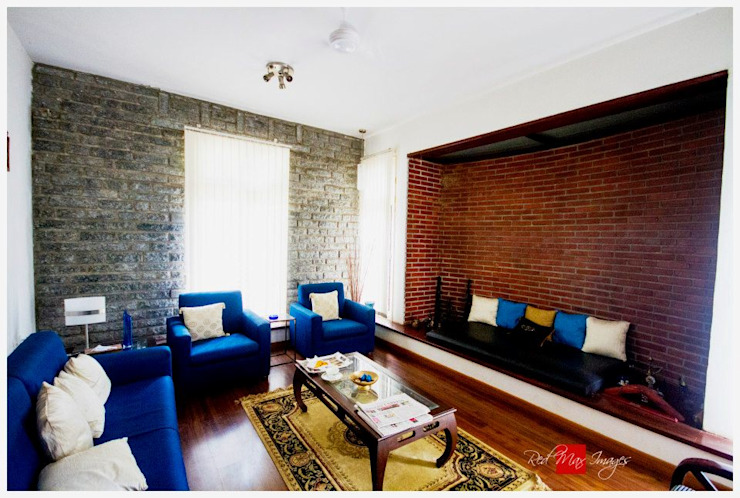 Kaivalya - Bhaskar's residence Eclectic style living room by Sandarbh Design Studio Eclectic
