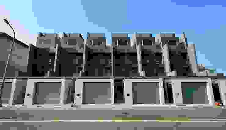 新屋-芥子 現代房屋設計點子、靈感 & 圖片 根據 一穰設計_EO design studio 現代風
