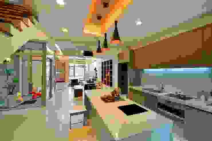 Кухня by 一穰設計_EO design studio,