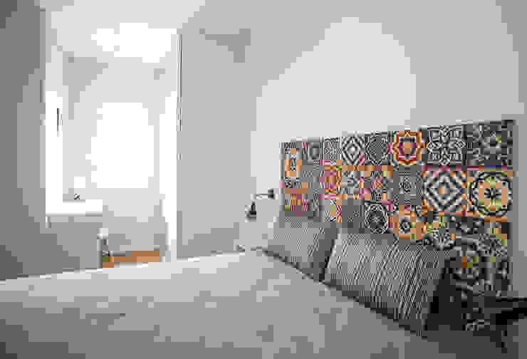 Dormitorio Dormitorios de estilo moderno de Grupo Inventia Moderno Hormigón