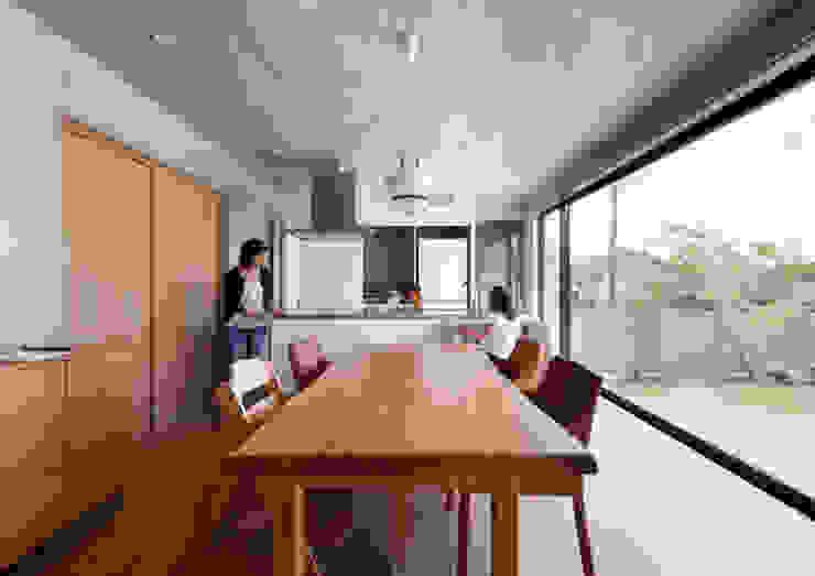 ダイニング・キッチン モダンデザインの ダイニング の 一級建築士事務所アトリエm モダン 鉄筋コンクリート