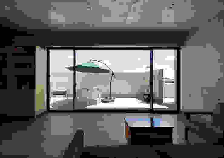 一級建築士事務所アトリエm Living room Reinforced concrete Grey