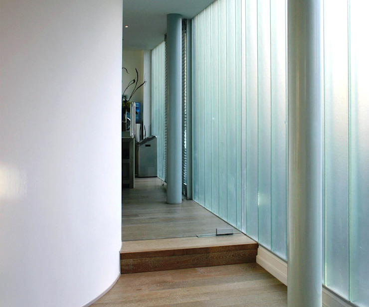 Corredores, halls e escadas modernos por Archipelontwerpers Moderno