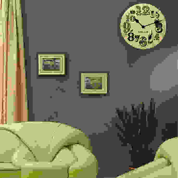 Kairos London Vintage Number Clock: modern  by Just For Clocks,Modern Wood Wood effect