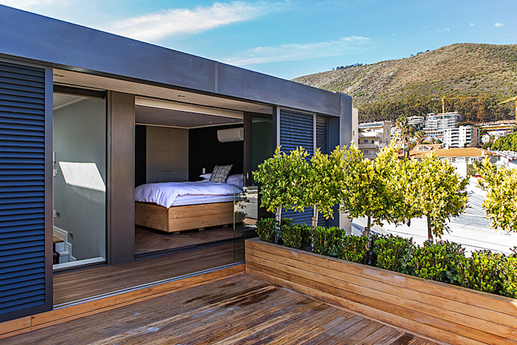 ALTERATION FRESNAYE, CAPE TOWN by Grobler Architects Modern Solid Wood Multicolored