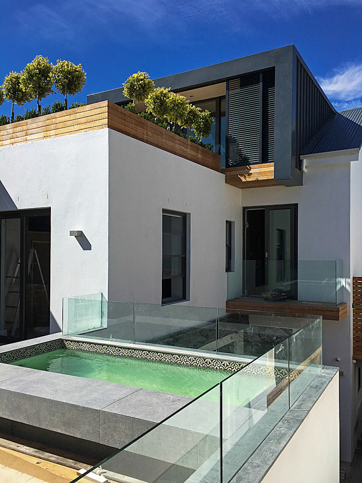 ALTERATION FRESNAYE, CAPE TOWN Modern houses by Grobler Architects Modern