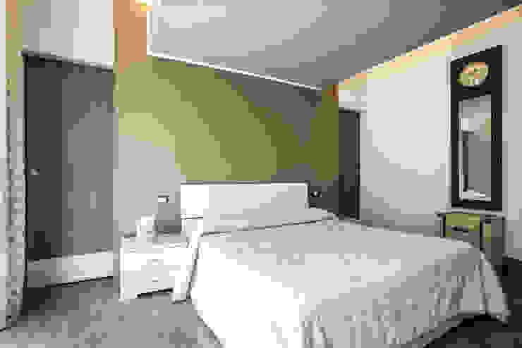 Parco degli Acquedotti studioQ Camera da letto moderna