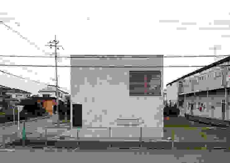 東松山の家 外観 モダンな 家 の 腰越耕太建築設計事務所 モダン コンクリート