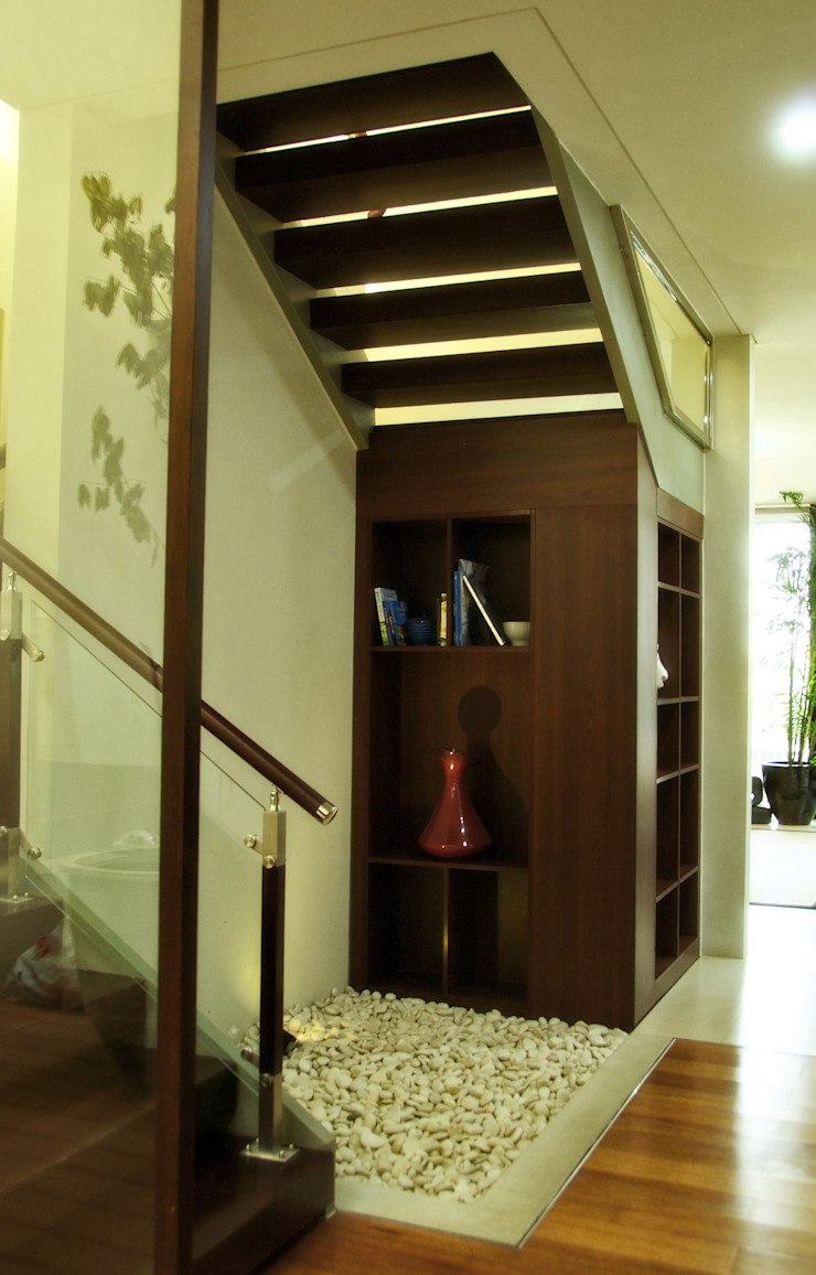 Alexandria, Graha Family:modern  oleh KOMA living interior design, Modern Kayu Wood effect