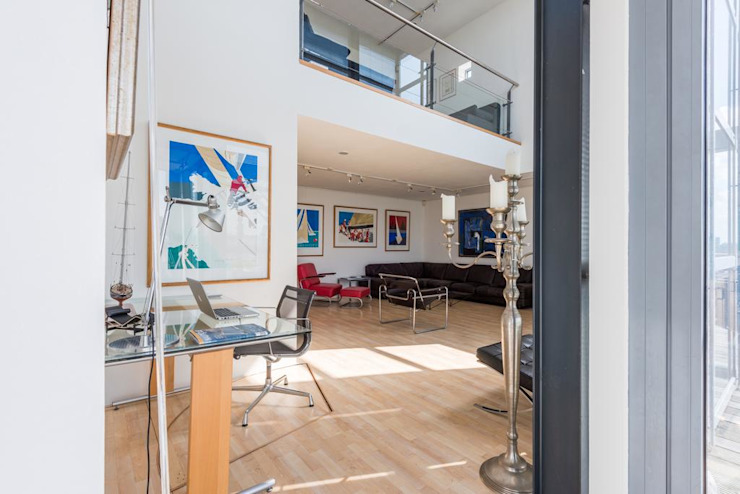 Penthouse Harbourview Moderne woonkamers van Archipelontwerpers Modern