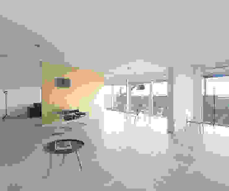 Het Kaviaarhuis Moderne woonkamers van Archipelontwerpers Modern