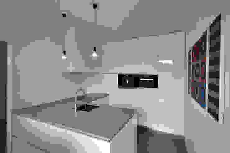 CHORA architecten Cocinas de estilo moderno