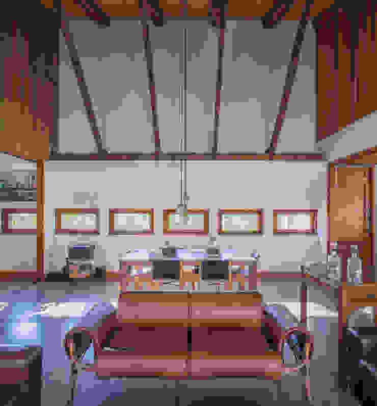 Casa Cuatro Aguas Livings de estilo rústico de Dx Arquitectos Rústico