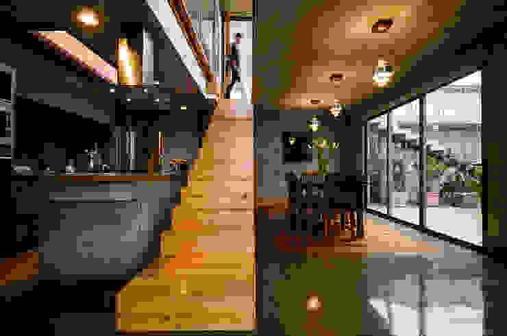 Corridor & hallway by Dx Arquitectos