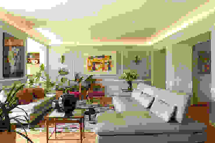 Departamento Forestal : Livings de estilo  por Dx Arquitectos