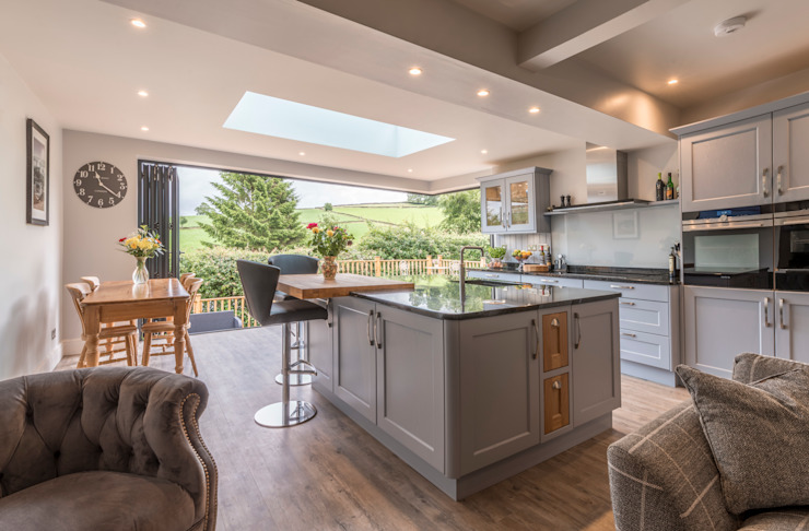 An open view of the High Peak Modern style kitchen by John Gauld Photography Modern