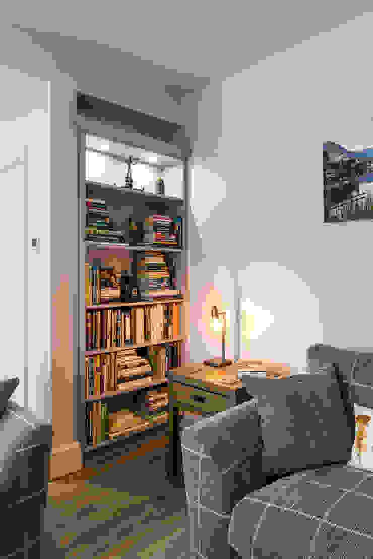 Bookcase โดย John Gauld Photography โมเดิร์น