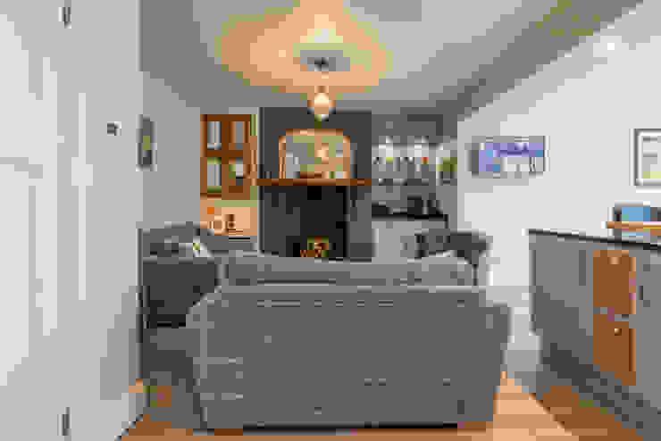Living area โดย John Gauld Photography โมเดิร์น