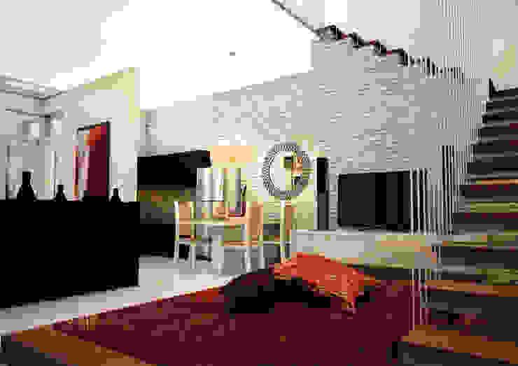 living room Ruang Keluarga Modern Oleh ilalangcorp Modern