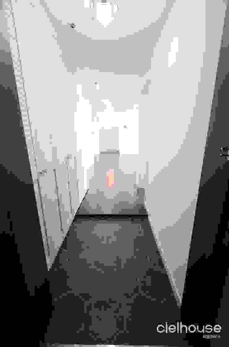 심플 엣지의 미니멀한 인테리어 - 전주시 효자동 대림아파트 인테리어: 씨엘하우스의 미니멀리스트 ,미니멀