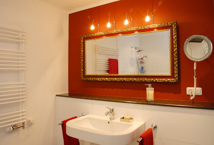 Minderjahn die Badgestalter Bathroom Red