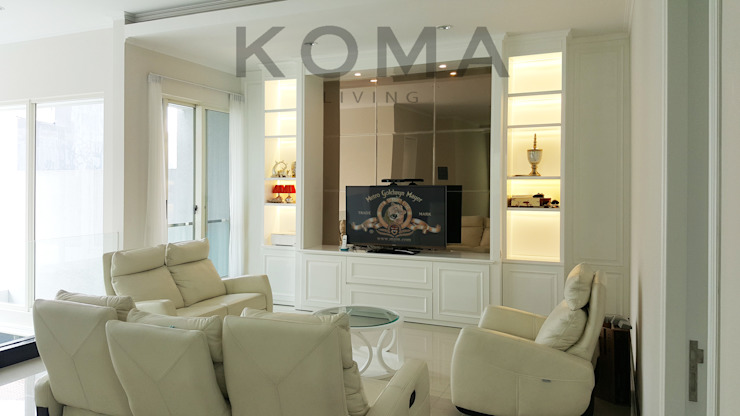 Graha Family SS Oleh KOMA living interior design Klasik Kayu Wood effect
