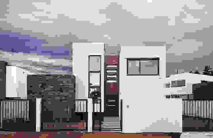 Casa Montemar 3 de Bauer Arquitectos Moderno