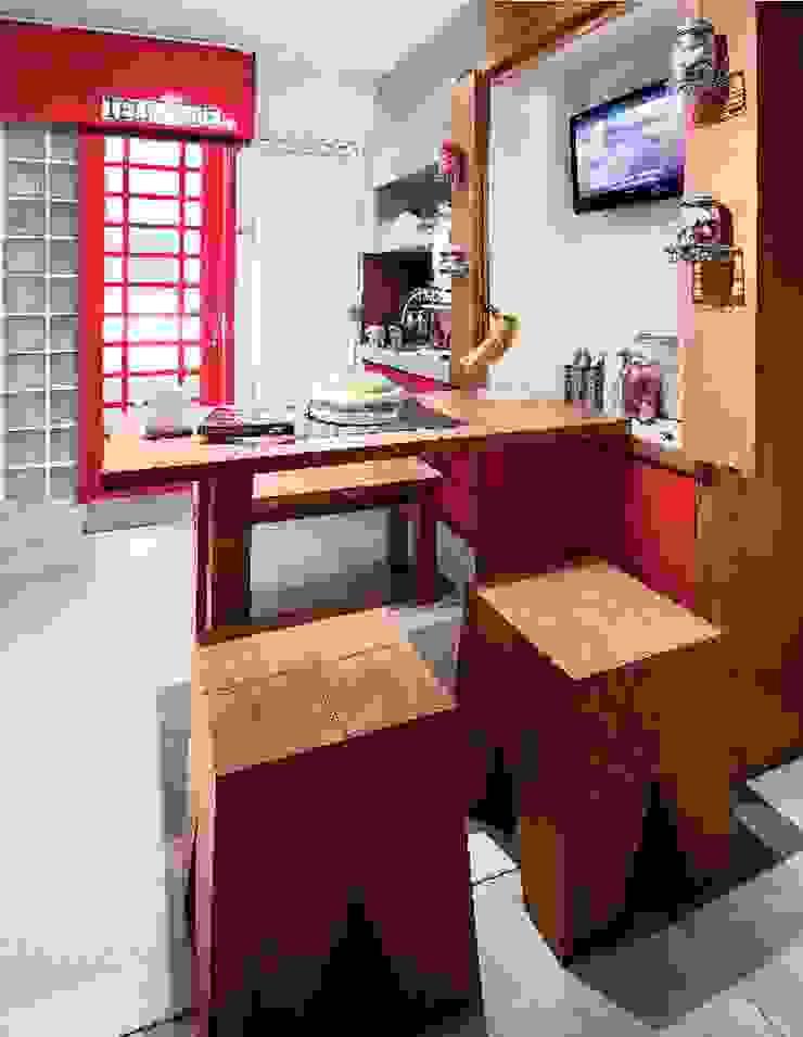 Industrial London inspired apartment Ruang Makan Gaya Industrial Oleh SATTVA square Industrial