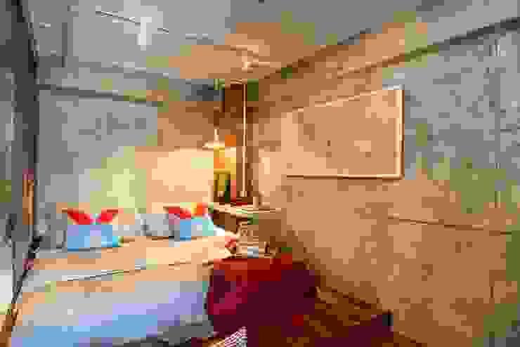 Industrial London inspired apartment SATTVA square Kamar Tidur Gaya Industrial