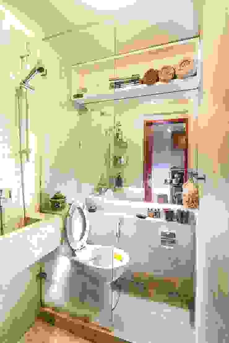 Industrial London inspired apartment Kamar Mandi Gaya Industrial Oleh SATTVA square Industrial
