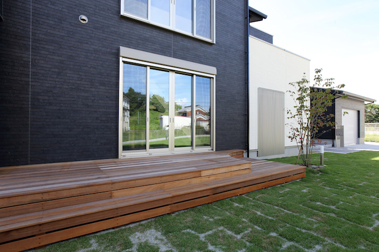 Casas de madera de estilo  por やまぐち建築設計室, Moderno Madera Acabado en madera