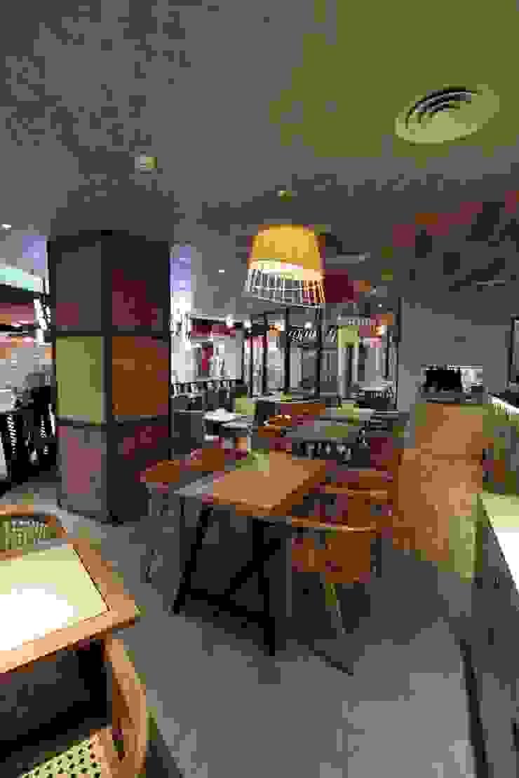 Dine in area Gastronomi Gaya Asia Oleh Kottagaris interior design consultant Asia