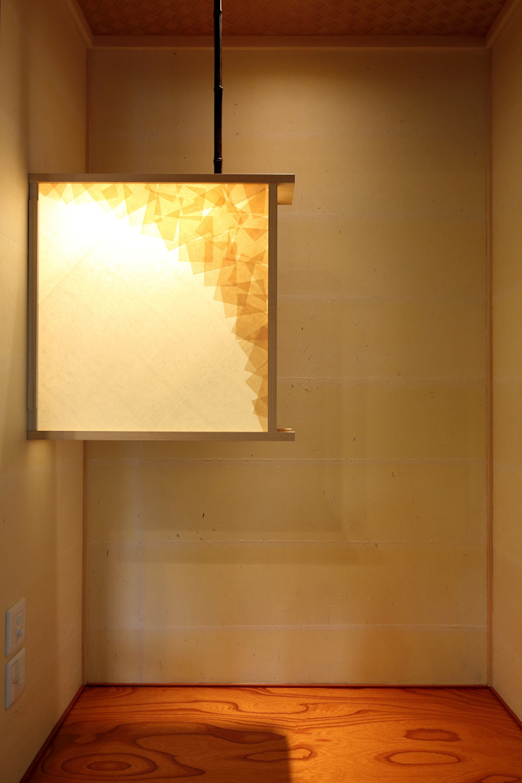 色香の箱 の やまぐち建築設計室 モダン 木 木目調