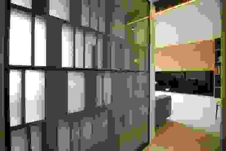 台中許宅 斯堪的納維亞風格的走廊,走廊和樓梯 根據 一穰設計_EO design studio 北歐風